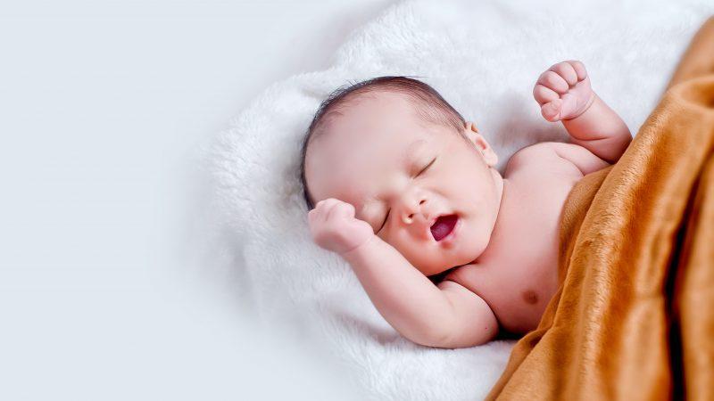 Waarom je baby dragen in een draagzak of draagdoek?